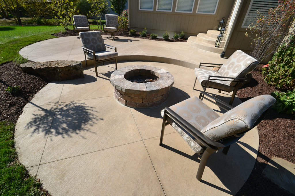 Concrete Patio Idea with Sawcuts